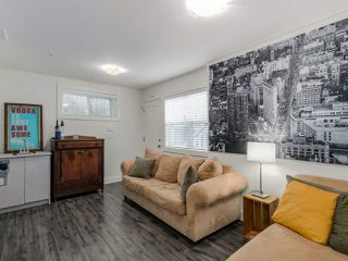 Photo 13: 865 E 10TH Avenue in Vancouver: Mount Pleasant VE House 1/2 Duplex for sale (Vancouver East)  : MLS®# R2068935
