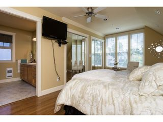 Photo 11: 15454 GOGGS Avenue: White Rock House for sale (South Surrey White Rock)  : MLS®# R2080241