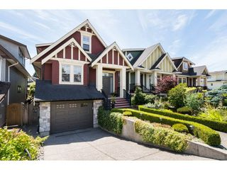 Photo 1: 15454 GOGGS Avenue: White Rock House for sale (South Surrey White Rock)  : MLS®# R2080241