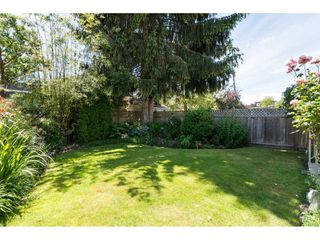 Photo 20: 15454 GOGGS Avenue: White Rock House for sale (South Surrey White Rock)  : MLS®# R2080241