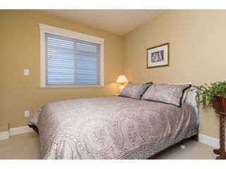 Photo 13: 15454 GOGGS Avenue: White Rock House for sale (South Surrey White Rock)  : MLS®# R2080241