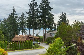 Photo 1: 9206 REGAL Road in Halfmoon Bay: Halfmn Bay Secret Cv Redroofs House for sale (Sunshine Coast)  : MLS®# R2082478