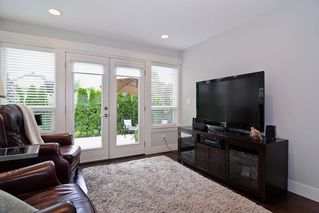 """Photo 12: 21516 87A Avenue in Langley: Walnut Grove House for sale in """"Forest Hills"""" : MLS®# R2083741"""
