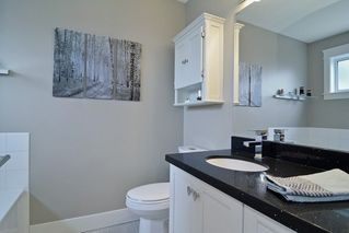 """Photo 14: 21516 87A Avenue in Langley: Walnut Grove House for sale in """"Forest Hills"""" : MLS®# R2083741"""