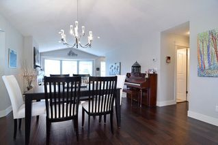 """Photo 7: 21516 87A Avenue in Langley: Walnut Grove House for sale in """"Forest Hills"""" : MLS®# R2083741"""
