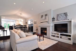 """Photo 3: 21516 87A Avenue in Langley: Walnut Grove House for sale in """"Forest Hills"""" : MLS®# R2083741"""