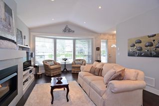 """Photo 4: 21516 87A Avenue in Langley: Walnut Grove House for sale in """"Forest Hills"""" : MLS®# R2083741"""