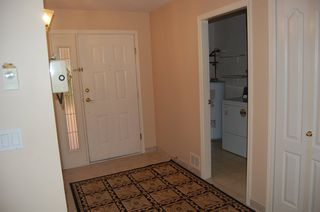 Photo 4: 112 7600 MOFFATT Road: Brighouse South Home for sale ()  : MLS®# V667132