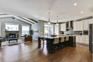 Photo 4: 9319 14 Ave SW in Calgary: House for sale : MLS®# C4016198