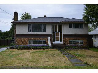 Photo 1: 13553 81 Avenue in Surrey: Queen Mary Park Surrey House for sale : MLS®# R2109114