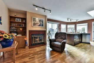 Photo 6: 13388 14A Avenue in Surrey: Crescent Bch Ocean Pk. House for sale (South Surrey White Rock)  : MLS®# R2117065
