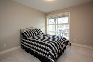 "Photo 5: 219 17769 57 Avenue in Surrey: Cloverdale BC Condo for sale in ""Clover Down Estates"" (Cloverdale)  : MLS®# R2123832"