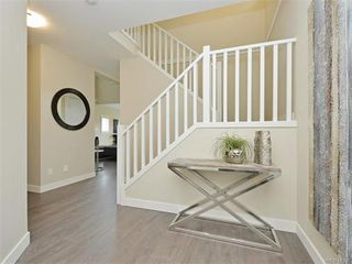 Photo 12: 2394 Lund Rd in VICTORIA: VR Six Mile Single Family Detached for sale (View Royal)  : MLS®# 747742