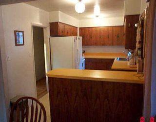 """Photo 3: 11394 GLEN AVON DR in Surrey: Bolivar Heights House for sale in """"BIRDLAND"""" (North Surrey)  : MLS®# F2518004"""