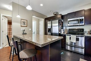 """Photo 5: 302 5438 198 Street in Langley: Langley City Condo for sale in """"CREEKSIDE"""" : MLS®# R2138372"""