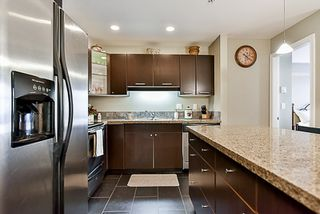 """Photo 4: 302 5438 198 Street in Langley: Langley City Condo for sale in """"CREEKSIDE"""" : MLS®# R2138372"""