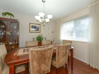 Photo 3: 1560 Beaconsfield Cres in COMOX: CV Comox (Town of) House for sale (Comox Valley)  : MLS®# 755491