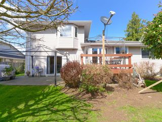 Photo 8: 1560 Beaconsfield Cres in COMOX: CV Comox (Town of) House for sale (Comox Valley)  : MLS®# 755491