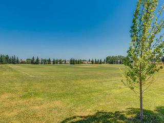 Photo 24: 87 CEDARBROOK Way SW in Calgary: Cedarbrae House for sale : MLS®# C4126859