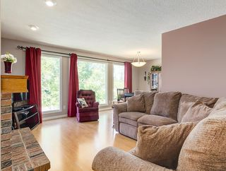 Photo 7: 87 CEDARBROOK Way SW in Calgary: Cedarbrae House for sale : MLS®# C4126859