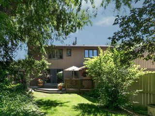 Photo 3: 36 PUMP HILL Mews SW in Calgary: Pump Hill House for sale : MLS®# C4128756