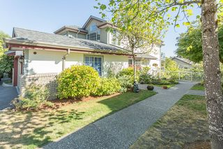 "Photo 2: 37 11502 BURNETT Street in Maple Ridge: East Central Townhouse for sale in ""TELOSKY VILLAGE"" : MLS®# R2201064"