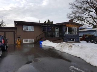 Main Photo: 9045 SUNSET Drive in Chilliwack: Chilliwack W Young-Well House for sale : MLS®# R2230382