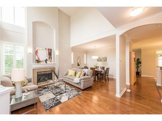 Photo 3: 35 3500 144 STREET in Surrey: Elgin Chantrell Townhouse for sale (South Surrey White Rock)  : MLS®# R2202039