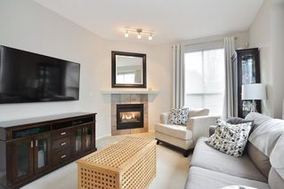 "Photo 3: 57 20881 87 Avenue in Langley: Walnut Grove Townhouse for sale in ""Kew Gardens"" : MLS®# R2252108"