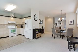 "Photo 10: 57 20881 87 Avenue in Langley: Walnut Grove Townhouse for sale in ""Kew Gardens"" : MLS®# R2252108"