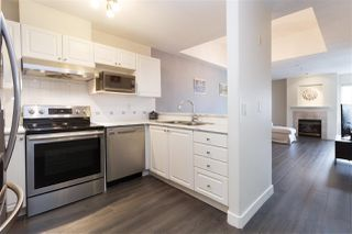 "Photo 3: 515 214 ELEVENTH Street in New Westminster: Uptown NW Condo for sale in ""Discovery Reach"" : MLS®# R2254696"