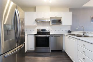 "Photo 2: 515 214 ELEVENTH Street in New Westminster: Uptown NW Condo for sale in ""Discovery Reach"" : MLS®# R2254696"