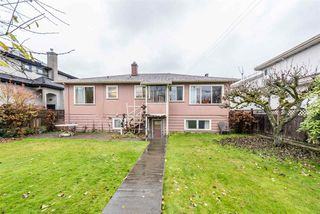 Photo 4: 2438 W KING EDWARD Avenue in Vancouver: Quilchena House for sale (Vancouver West)  : MLS®# R2261348