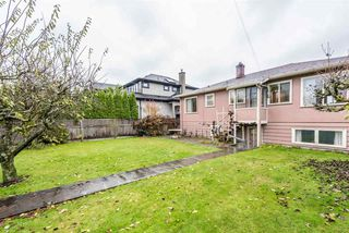 Photo 3: 2438 W KING EDWARD Avenue in Vancouver: Quilchena House for sale (Vancouver West)  : MLS®# R2261348