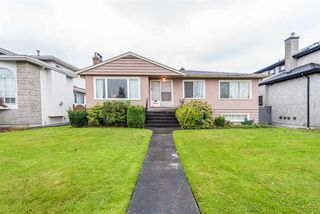 Photo 2: 2438 W KING EDWARD Avenue in Vancouver: Quilchena House for sale (Vancouver West)  : MLS®# R2261348