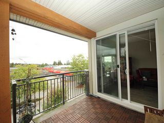 "Photo 12: 2407 963 CHARLAND Avenue in Coquitlam: Central Coquitlam Condo for sale in ""CHARLAND"" : MLS®# R2305775"