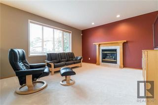 Photo 12: 74 Kendale Drive in Winnipeg: Richmond West Residential for sale (1S)  : MLS®# 1825273