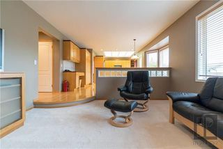 Photo 13: 74 Kendale Drive in Winnipeg: Richmond West Residential for sale (1S)  : MLS®# 1825273