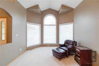 Photo 4: 74 Kendale Drive in Winnipeg: Richmond West Residential for sale (1S)  : MLS®# 1825273