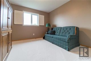 Photo 17: 74 Kendale Drive in Winnipeg: Richmond West Residential for sale (1S)  : MLS®# 1825273