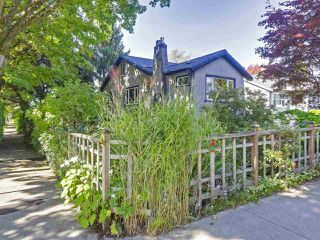 "Photo 19: 2185 COLLINGWOOD Street in Vancouver: Kitsilano House for sale in ""Kitsilano"" (Vancouver West)  : MLS®# R2311078"