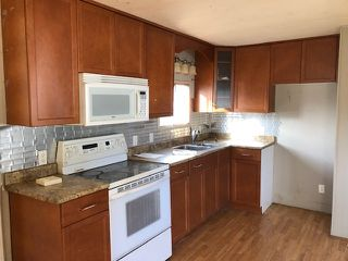 """Photo 3: 75 5742 UNSWORTH Road in Sardis: Vedder S Watson-Promontory Manufactured Home for sale in """"CEDAR GROVE"""" : MLS®# R2331297"""