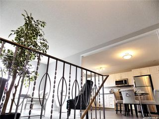 Photo 3: 1521 Laura Avenue in Saskatoon: Forest Grove Residential for sale : MLS®# SK758805