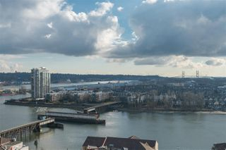 "Photo 14: 1803 1 RENAISSANCE Square in New Westminster: Quay Condo for sale in ""THE Q"" : MLS®# R2347690"