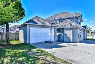 Photo 2: 12776 67A Avenue in Surrey: West Newton House for sale : MLS®# R2356635