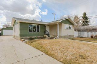 Photo 3: 301 FIR Street: Sherwood Park House for sale : MLS®# E4152555