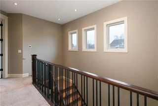 Photo 16: 617 11 Avenue NE in Calgary: Renfrew Semi Detached for sale : MLS®# C4241438