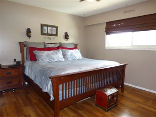 "Photo 8: 4475 NO. 3 Road: Yarrow House for sale in ""Yarrow"" : MLS®# R2372417"