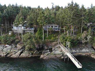 Photo 16: 721 WILKS Road: Mayne Island House for sale (Islands-Van. & Gulf)  : MLS®# R2346242