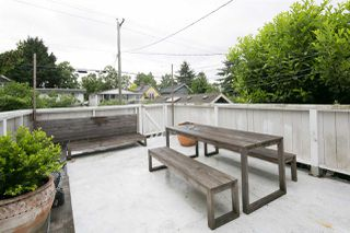 Photo 13: 741 E 11TH Avenue in Vancouver: Mount Pleasant VE House for sale (Vancouver East)  : MLS®# R2374495